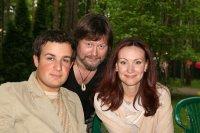 Нонна Гришаева с мужем и любимым доктором