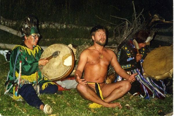 С тывинскими шаманками
