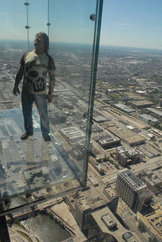 Балкон 115-го этажа